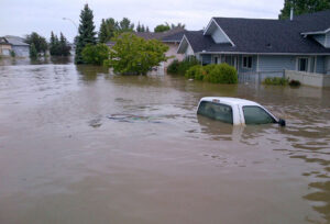 Flooding in High River, Alta. (Photo: RCMP Alberta)