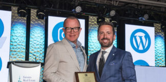 Mark McLean and TREB president Tim Syrianos