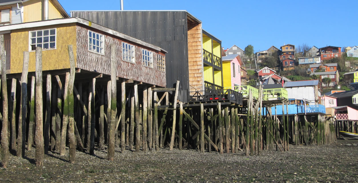 Palafitos continue to be a characteristic architecture of Chiloe.