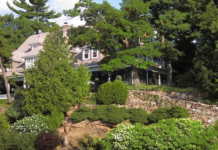 The House of Seven Gables on Himes Island is a 1903 manor near the Lost Channel.